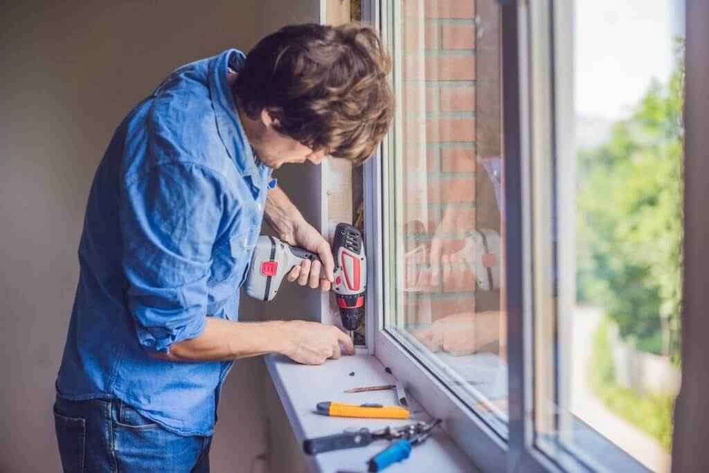 Benefits of Buying Replacement Windows for Your Home